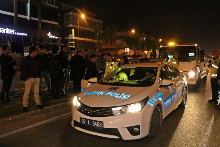 Antalya'da 5 aracın karıştığı zincirleme trafik kazası: 8 yaralı