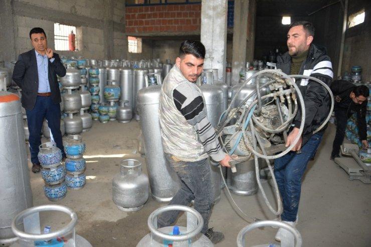 Adana'da 457 kaçak tüp ele geçirildi