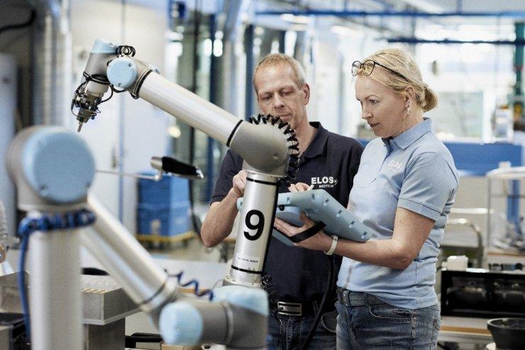 Geleceğin iş modelinde insanlar ve robotlar bir arada çalışacak