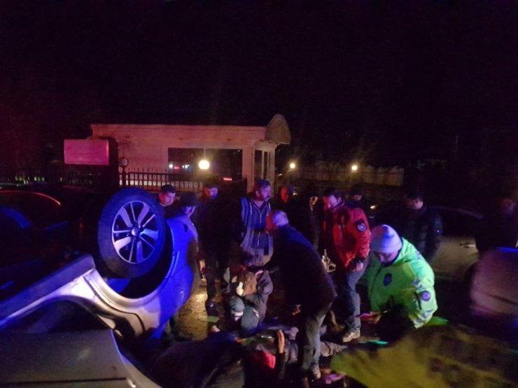 Otomobil takla attı, 3 kişi yaralandı