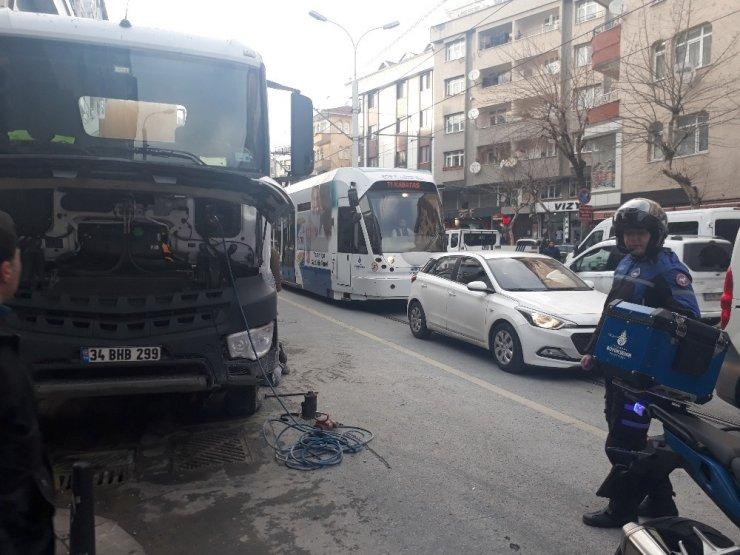Tramvay yolunda feci kaza kamerada