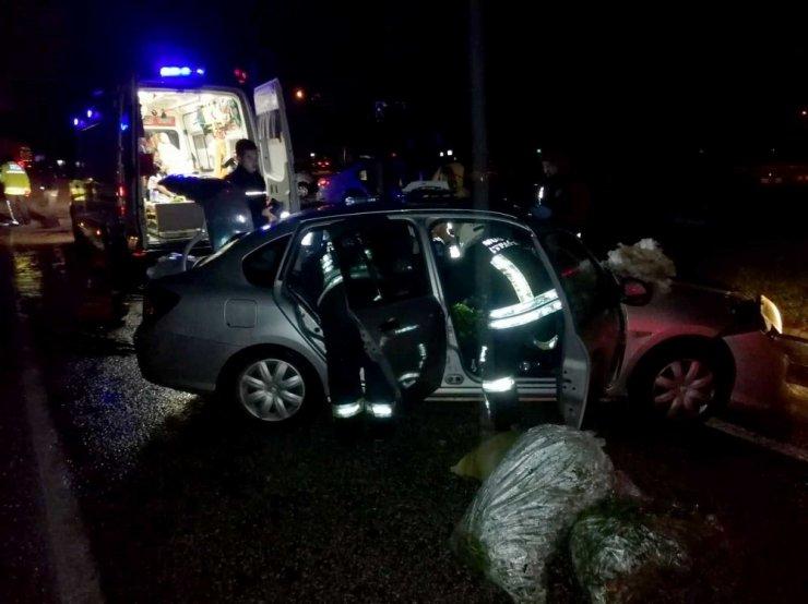 Seydikemer'de trafik kazası; 1 ölü, 4 yaralı