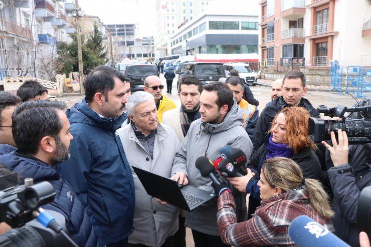 """Bakan Kurum: """"Elazığ'ın röntgenini çekiyoruz"""""""