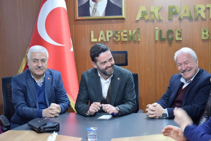 AK Parti Lapseki İlçe Başkanlığına Namık Ergin getirilldi