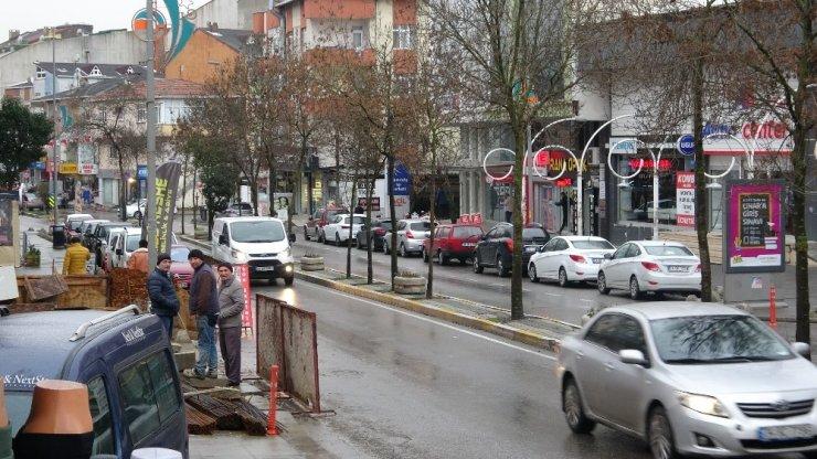 Çekmeköy'de ortalığın savaş alanına döndüğü kavga kamerada