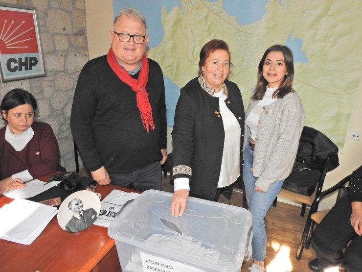 CHP Çeşme Kadın Kolları kongresini yaptı