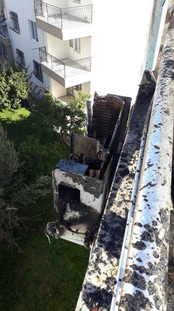 Dubleksin çatısı yandı