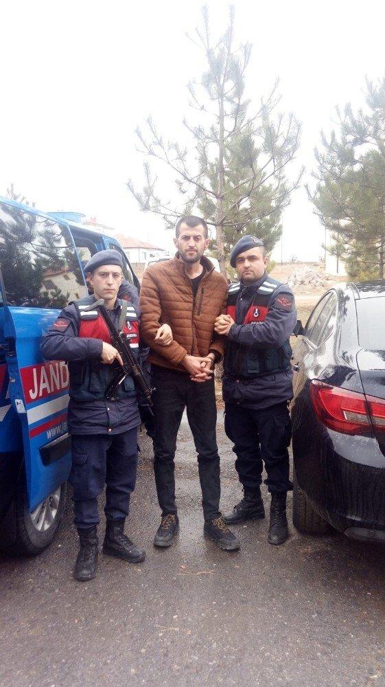 Yabancı uyruklu kadını öldüren 2 zanlı tutuklandı