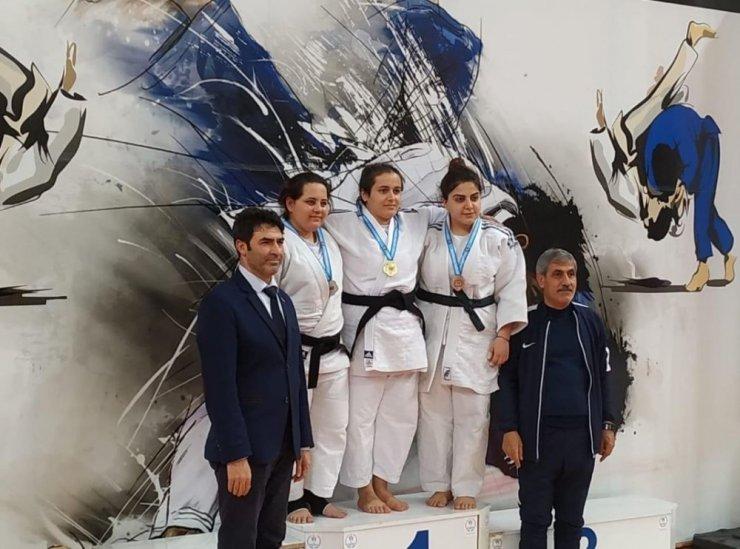 İşitme engelli judocular Türkiye üçüncüsü oldu