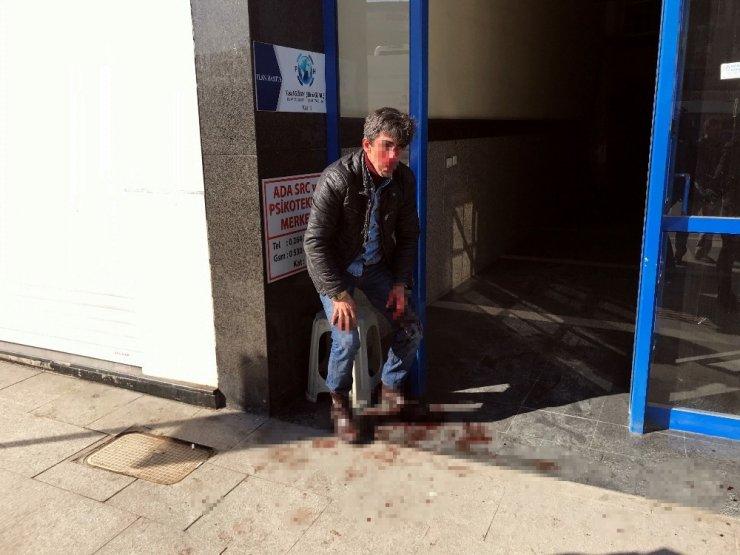 Sakarya'da kadın yüzünden çıktığı iddia edilen tartışmada kan aktı: 2 yaralı