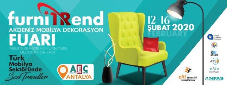 İzmir Kısıkköy'ün mobilyacıları, Antalya fuarı hazırlıklarını tamamladı