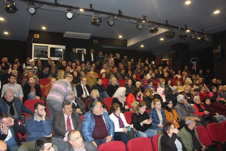 CHP Grup Başkan vekili Kuşadası'nı ziyaret etti