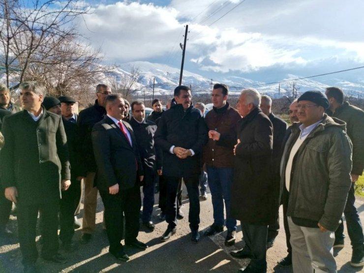 """AK Partili Tüfenkci: """"Yapılanlara baksalar deprem paralarının nerelere gittiğini görecekler"""""""