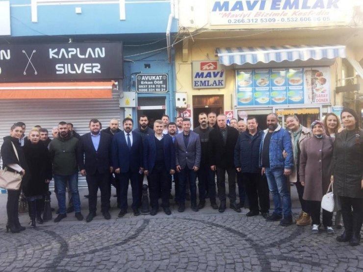 Ayvalık MHP teşkilatına nezaket ziyareti