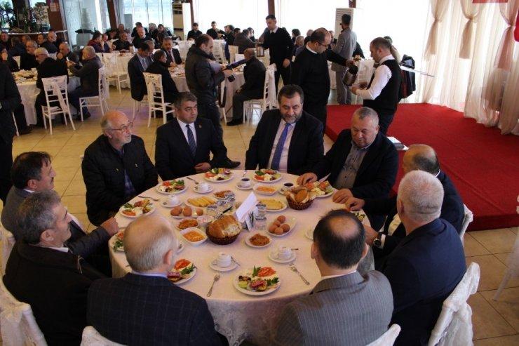 """Enginyurt: """"Benim vekil olmamda en büyük pay sahibi AK Parti'lilerdir"""""""