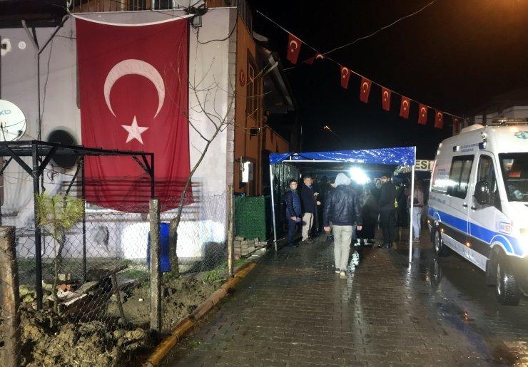 Van'daki çığ felaketinde şehit olan askerler Karagöz ve Işık'ın cenazeleri Kocaeli'ye getirildi