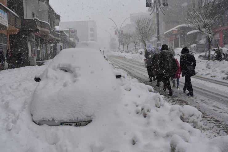 Şırnak, Siirt ve Bingöl'de 266 köy yolu ulaşıma kapandı
