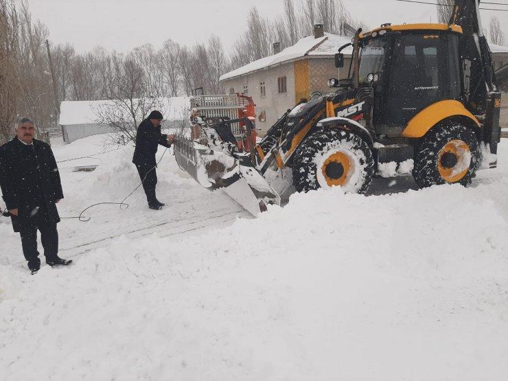 Ulaş'ta kar mücadele çalışmaları