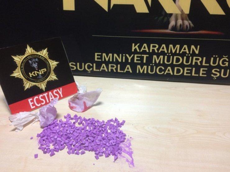 Karaman'da uyuşturucudan mahkemeye çıkartılan 3 zanlı serbest bırakıldı