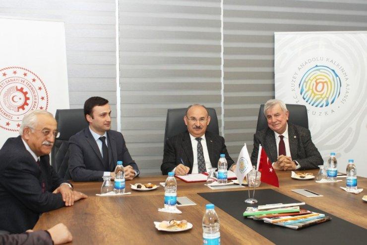 Kastamonu'daki Endüstriyel Orman Ürünleri Tesisinin enerjisi GES'ten karşılanacak