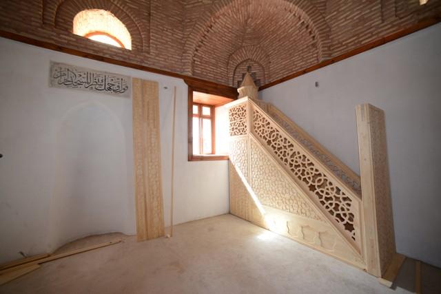 800-yillik-basarabey-mescidi-restore-edildi-3.jpg