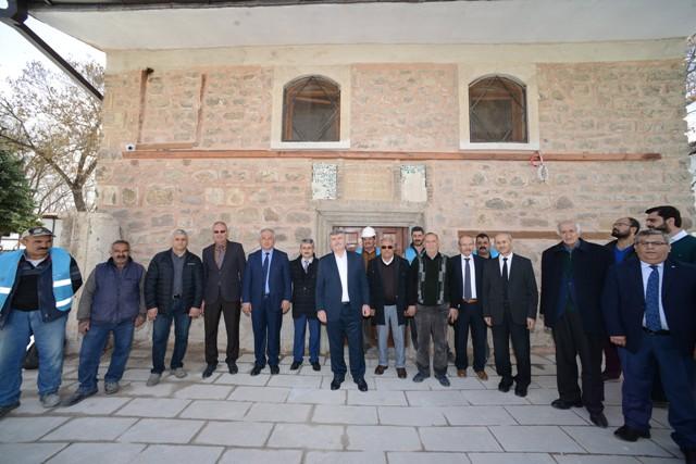 800-yillik-basarabey-mescidi-restore-edildi.jpg