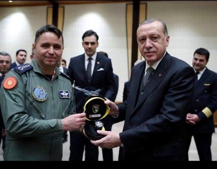 cumhurbaskani-erdogan-konyali-pilotlari-agirladi-(1).jpg