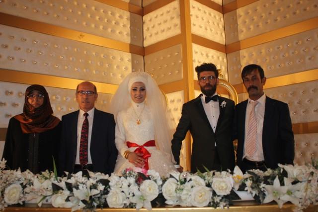 elif-nur--ile-serhat-ali-evlendiler-.jpg