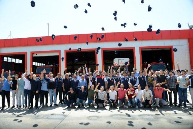 gelecegin-itfaiyecileri-mezuniyet-sevinci-yasadi-1.jpg