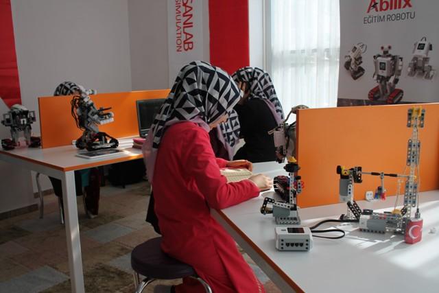 hafizlik-ogrencileri-robotik--(4).jpg