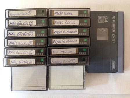 kasetler.jpg