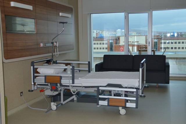 konya'nin-yeni-onkoloji-merkezi-medova-hastanesi'nde-hizmete-girdi--(3).jpg