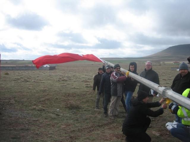 kuludaki-nogay-turklerinden-zeytin-dali-harekatina-bayrakli-destek-(2).jpg