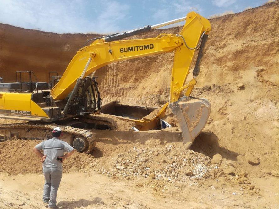 maden-sahasinda-toprak-kaym-(1).jpg