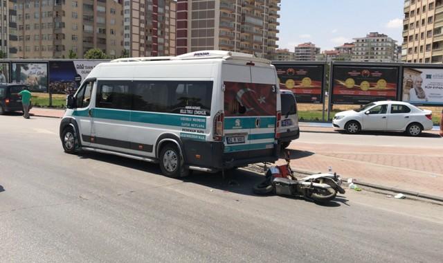 minibuse-(2).jpg