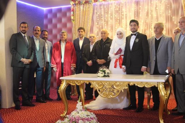mustafa-ak-oglunu-evlendirdi--(1).jpg