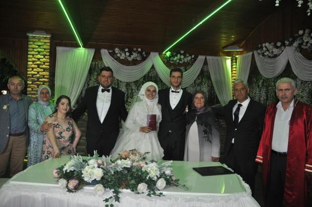 ozge-ile-ufuk-evlendiler--(3).jpg