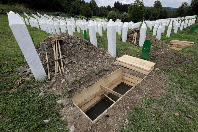 srebrenitsa-soykiriminin-35-kurbani-daha-defnedilecek,hag_jiq3l0i7iuiquk6yvg.jpg