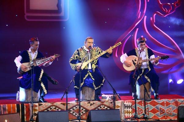 tacikistanli-sanatci--kholov'a--(2).jpg