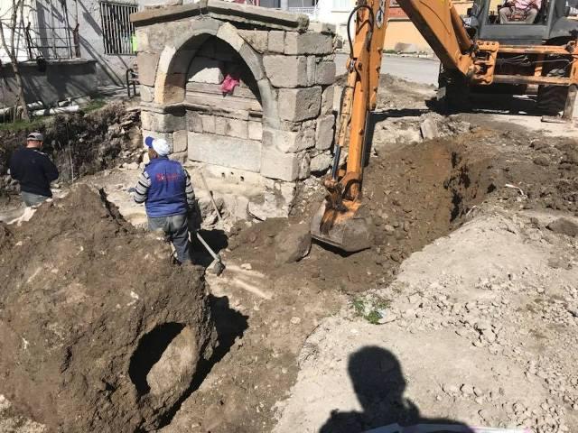 tarihi-urumdigin-cesmesi-restore-ediliyor-(3).jpg