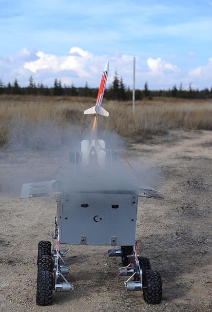 universitelilerden-hava-savunma-robotu-(1).jpg
