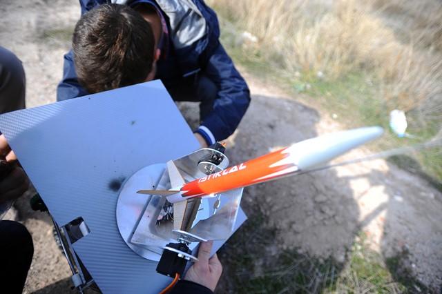universitelilerden-hava-savunma-robotu-(4).jpg