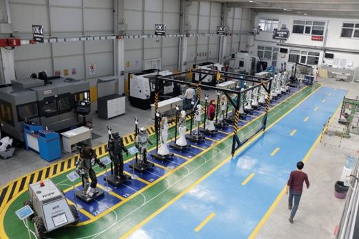 yerli-robotlar-arasinda-teknoloji-sohbeti-(7).jpg