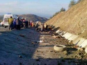 Isparta'da Minibüs Şarampole Yuvarlandı: 15 Ölü