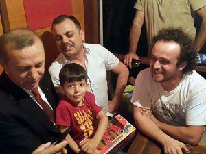 Taksicilerden Erdoğan'a çay daveti