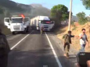 PKK'lı teröristler 3 aracı işte böyle yaktı ! O anlar kamerada