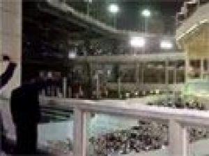 Davutoğlu'na Kabe'de sevgi seli! Binlerce kişi tekbir getirdi