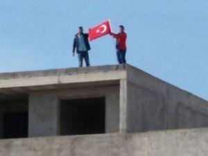 Gençlerin bayrak hassasiyeti