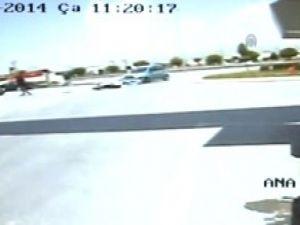 Trafik Kazaları Güvenlik Kameralarına Yansıdı