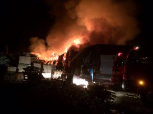 Konya'da Marsan Sanayii'nde büyük yangın